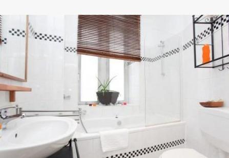 60 m wohnung whit 2 zimmer zur miete schnell gegen wohnungsbetrug against rental scammers. Black Bedroom Furniture Sets. Home Design Ideas